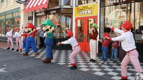 Super Nintendo World : L'ouverture du Mario Cafe immortalisée en vidéo