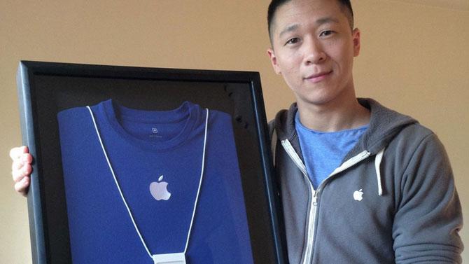 Sam Sung : ex d'Apple il vend sa carte de visite très très cher