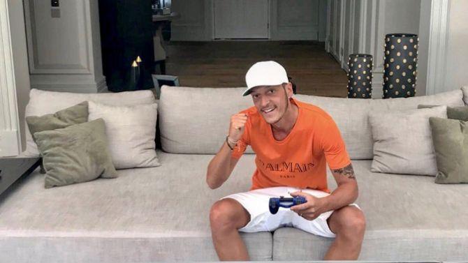 eSport : Mesut Özil s'y met aussi et monte sa propre team pour FIFA 19