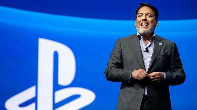 """Shawn Layden : L'ex-Sony critique la stratégie de rachats et s'inquiète d'un marché """"moribond"""""""