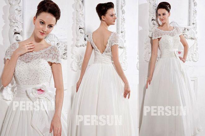 robe de mariée ligne A à haut en dentelle et orné de fleur