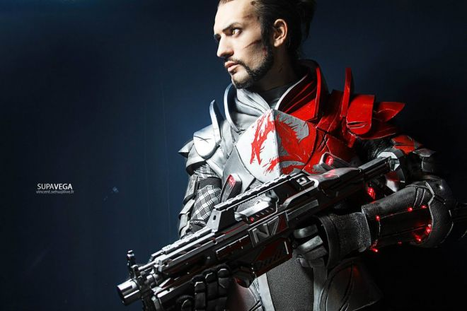 Commandant Shepard - Mass effect cosplay