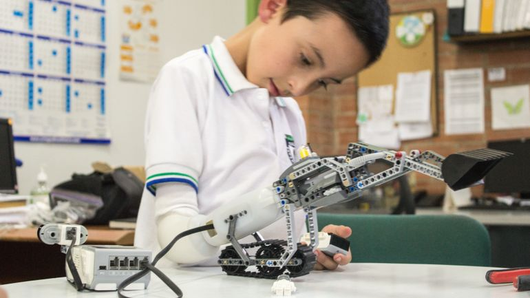 Prothese-LEGO-Enfant -10-