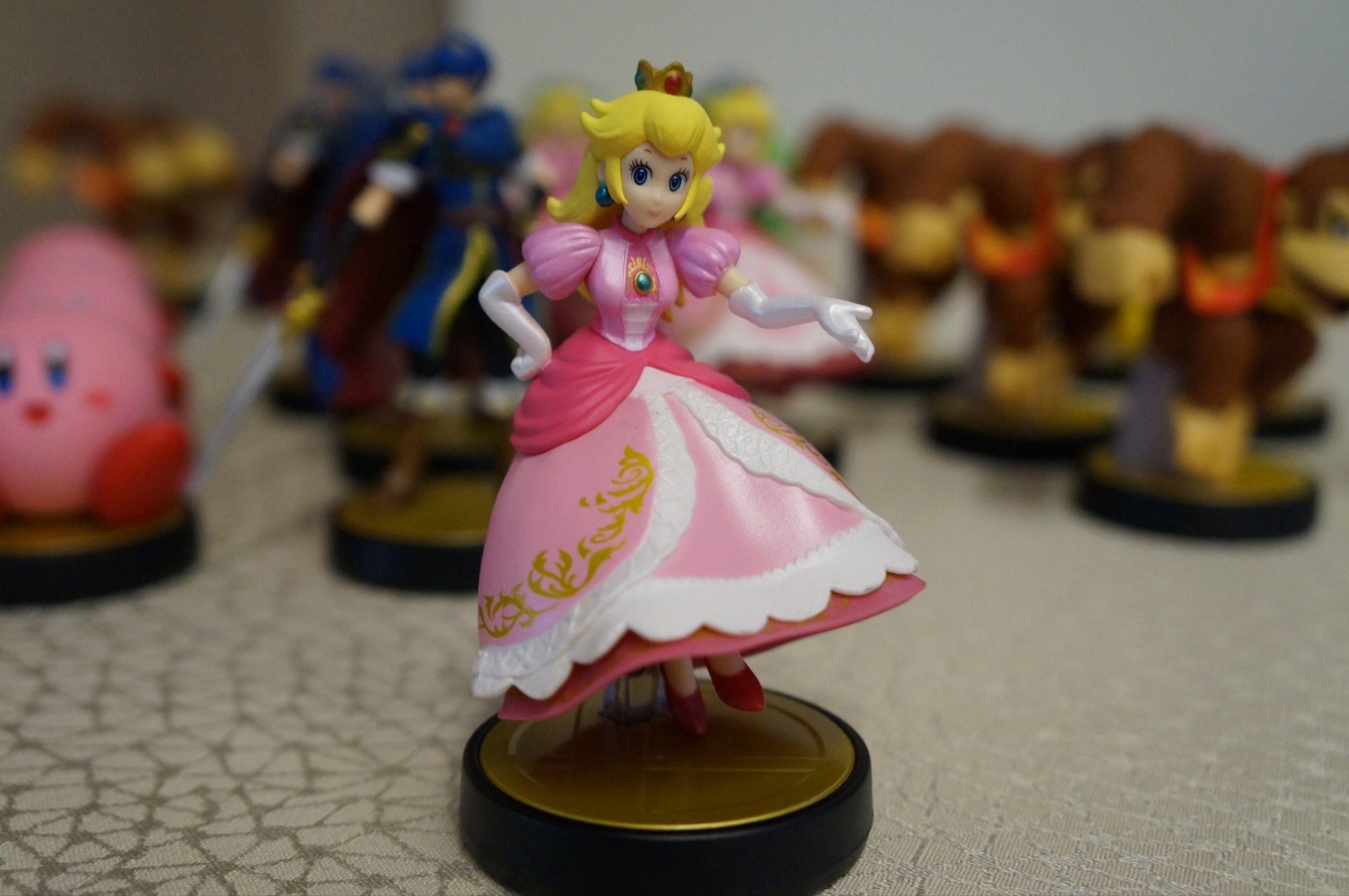 peach amiibo commerciale