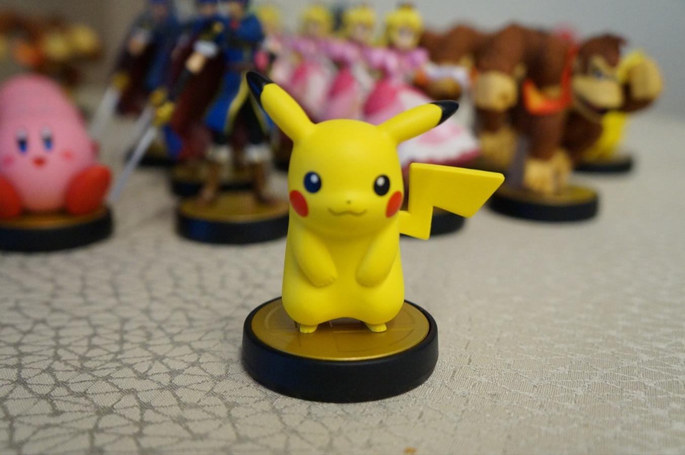 pikachu amiibo commerciale
