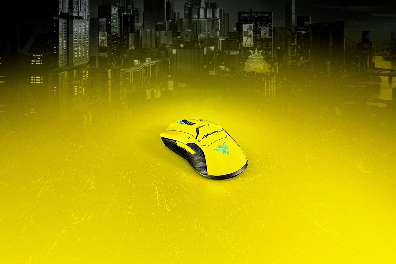 Razer-Ultimate-Cyberpunk2077 -2-