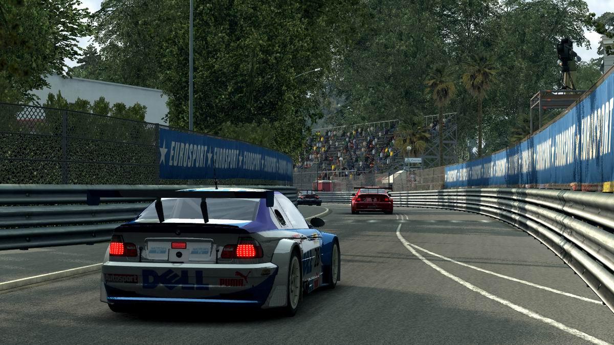 BMW M3 GTR - back