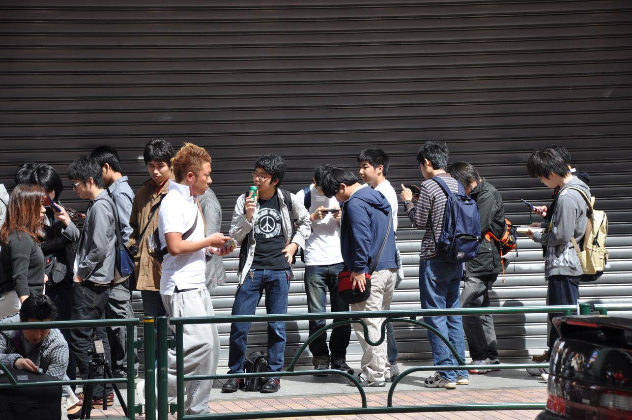 MGS PeaceWalker JapanLaunch 001