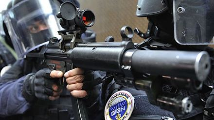 vid�o : Twitch : Bibix arrêté par la police en plein LIVE
