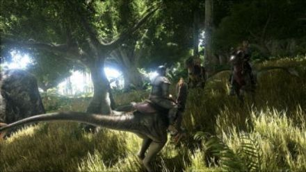 Vid�o : ARK Survival Evolved Trailer lancement PS4
