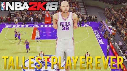 Vidéo : NBA 2K16 - Le joueur le plus grand du monde