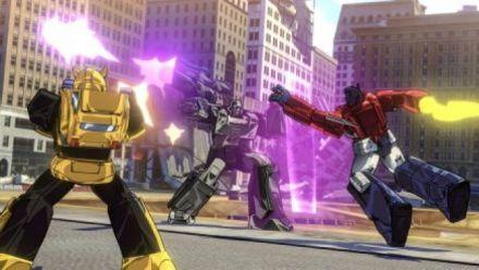 Vid�o : Gamescom 2015 : Transformers Devastation, quand Optimus Prime a mangé Bayonetta