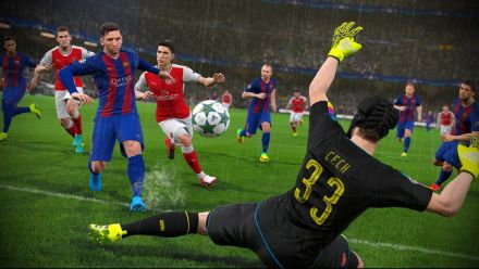 PES 2017 : 9 minutes de gameplay (IGN)