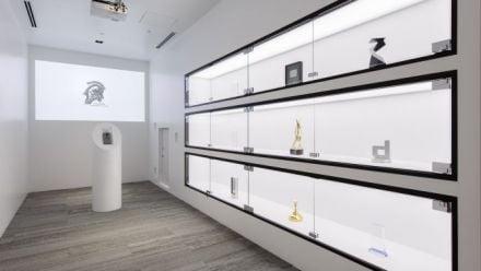 Visitez les (superbes) studios de Kojima Produtions
