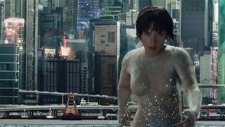 Vidéo : Ghost in the Shell : Scarlett Johansson tease la bande-annonce imminente