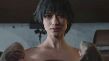 vidéo : Devil May Cry 5 Lady without clothes Cutscene (GamerForEternity)
