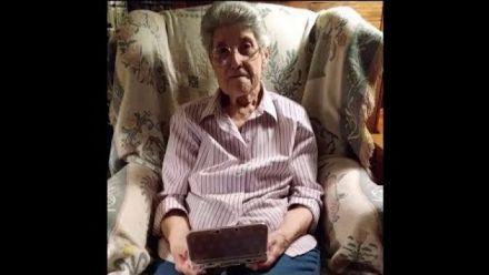Vid�o : 87-Year-Old Grandma Shows Her 3500+ Hour Animal Crossing Town (vidéo de Paul Hubans)